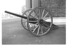Thumbnail image of 75mm RBL field gun and carriage. French, about 1898-1900. Made by Schneider-Creusot