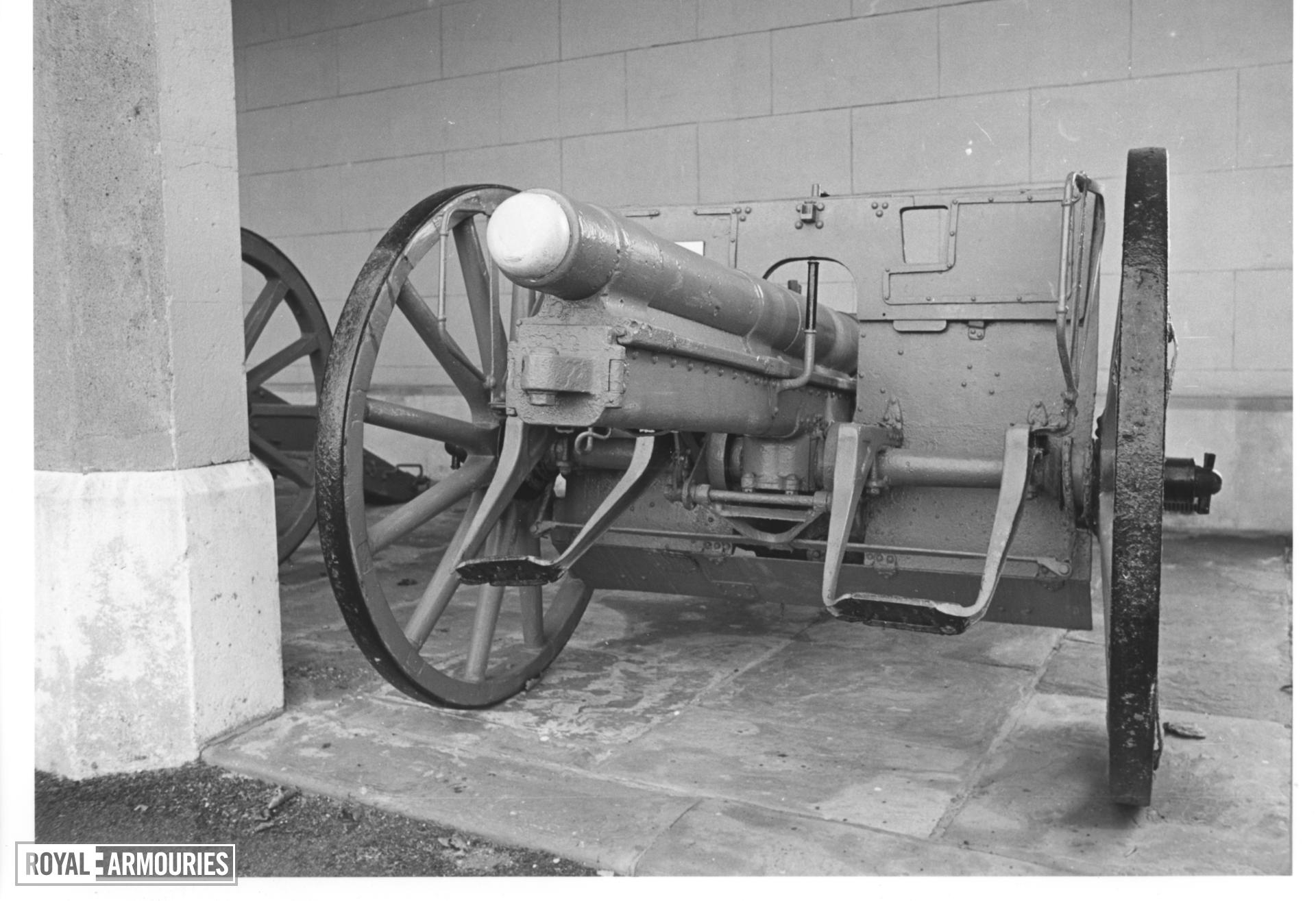 77mm RBL field gun and carriage (Model 1896). German, 1915