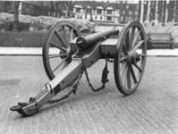 Thumbnail image of 6 pr gun and field carriage Made of bronze Cast by Samuel Eccles (similar to XIX.217, 259) Carriage contemporary