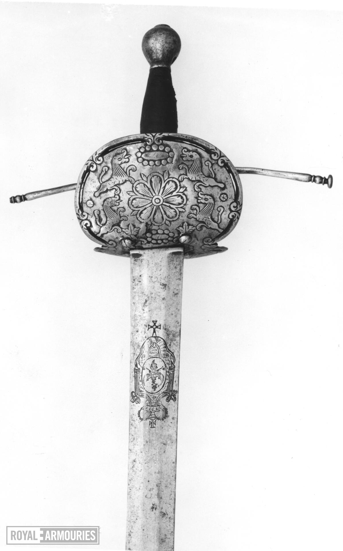 Sword Double shell hilt of 'Bilbo' type