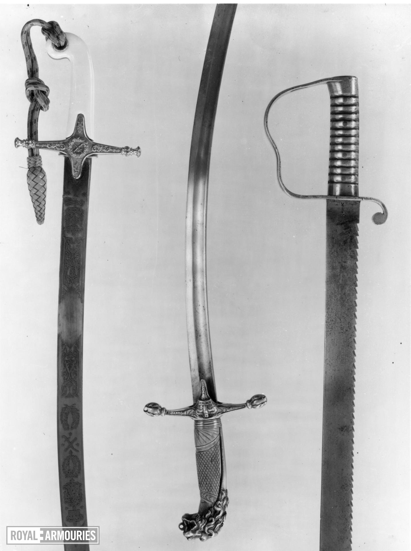 Sword Band sword. Mameluke-type hilt, lion's head pommel, bone grip and crown on ecusson - Royal Armouries band type M.