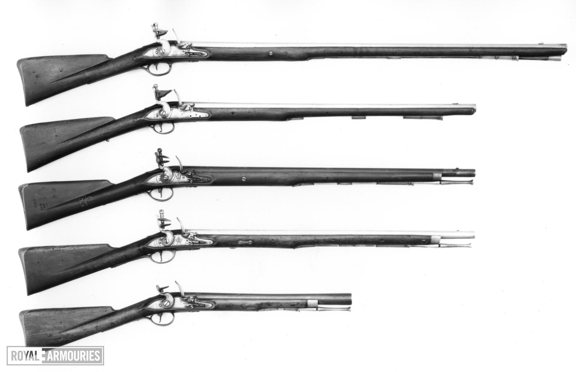 Flintlock muzzle-loading cavalry carbine - Elliott Carbine 1st Model