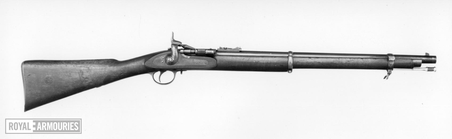 Centrefire breech-loading military carbine - Snider pattern
