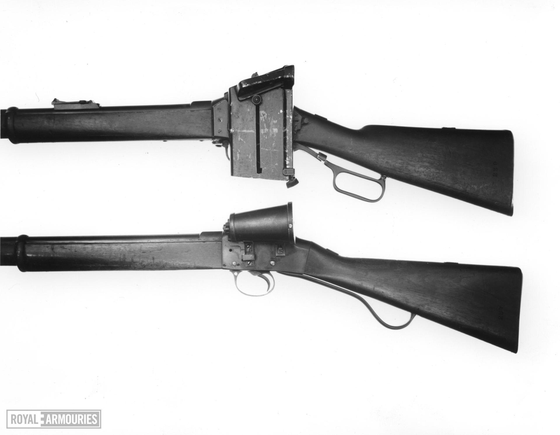 Centrefire breech-loading magazine military rifle - Enfield-Martini