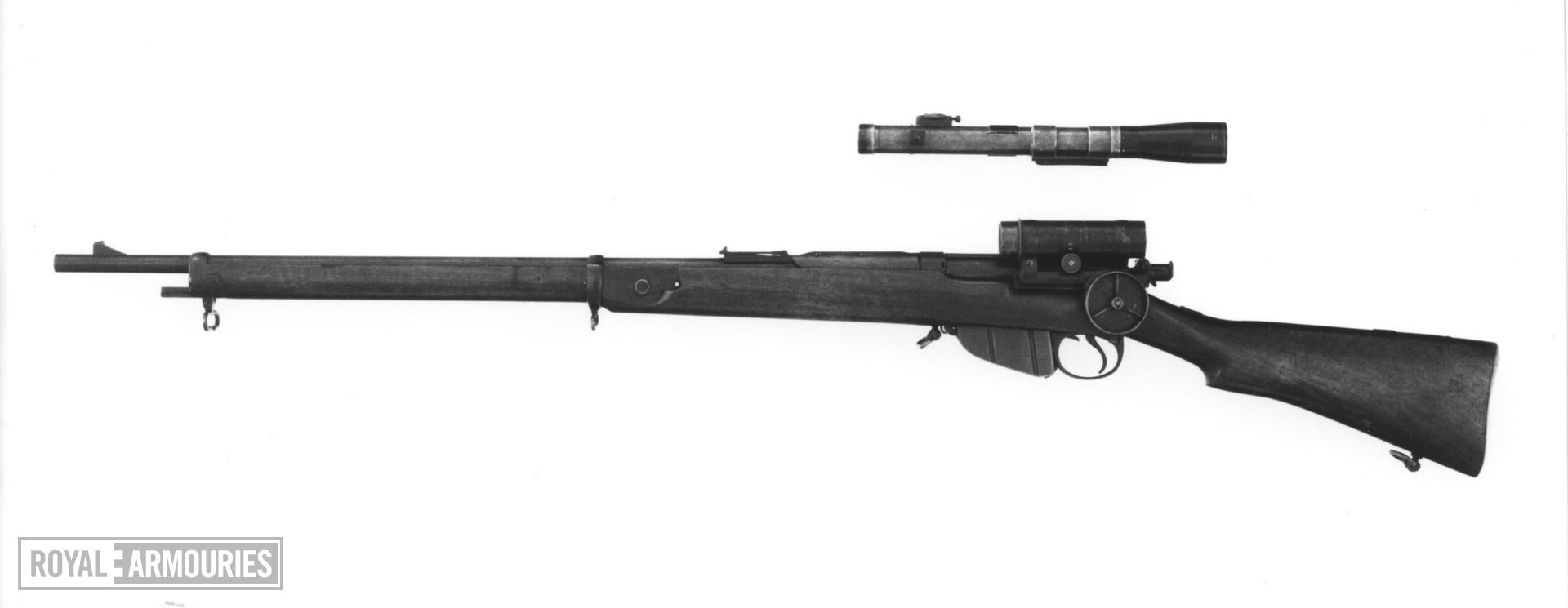 Centrefire bolt-action magazine rifle - Lee-Speed