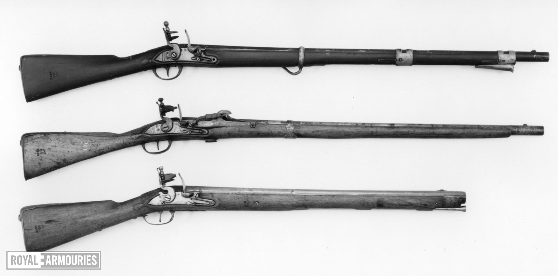 Flintlock muzzle-loading military carbine - Model 1770 Long Carbine, for Cuirassiers and Dragoons