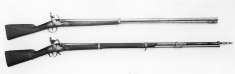 Thumbnail image of Flintlock muzzle-loading military musket - Experimental Model 1777/XIII + fixed bayonet