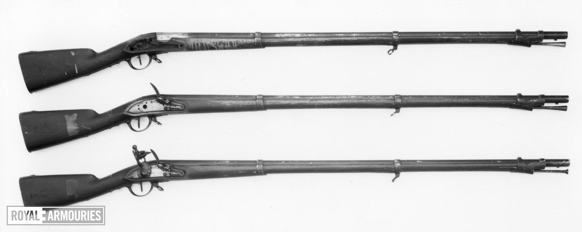 Flintlock muzzle-loading military musket - Model 1777/XIII