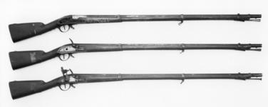 Thumbnail image of Flintlock muzzle-loading military musket - Model 1777/XIII