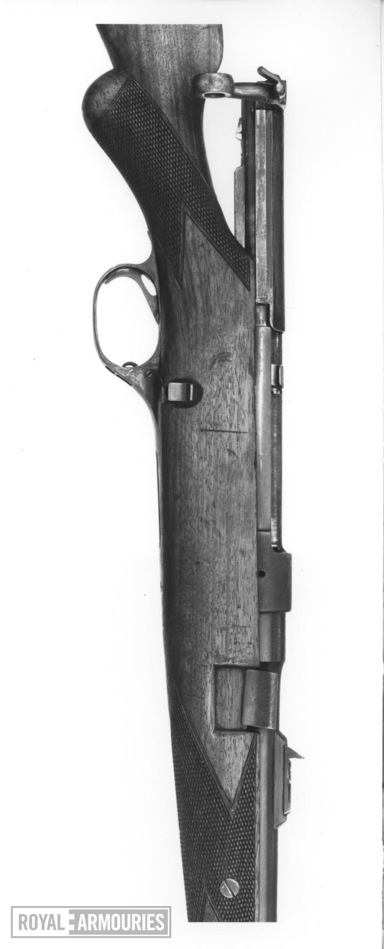 Centrefire bolt-action magazine rifle - Ross Model 1903