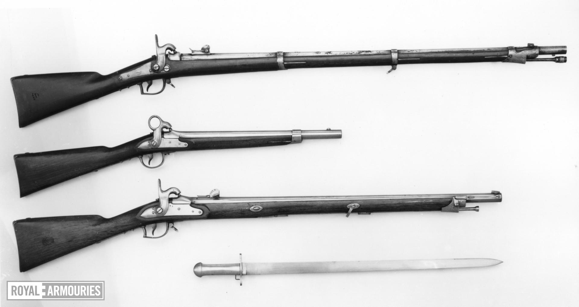 Percussion muzzle-loading military musket - Model 1845