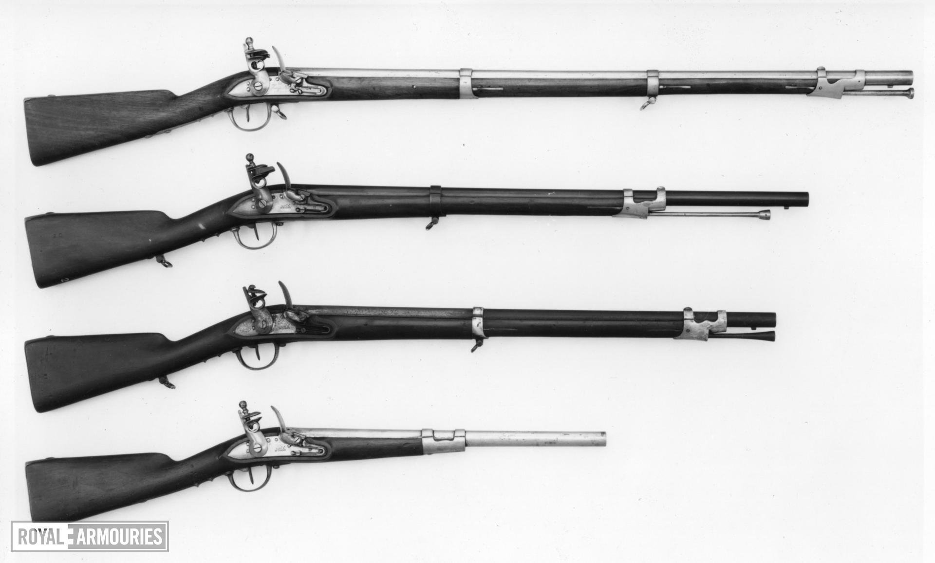 Flintlock muzzle-loading carbine - Carabinieri Model 1814 Flintlock muzzle-loading carbine, Carabinieri Model 1814, about 1830.