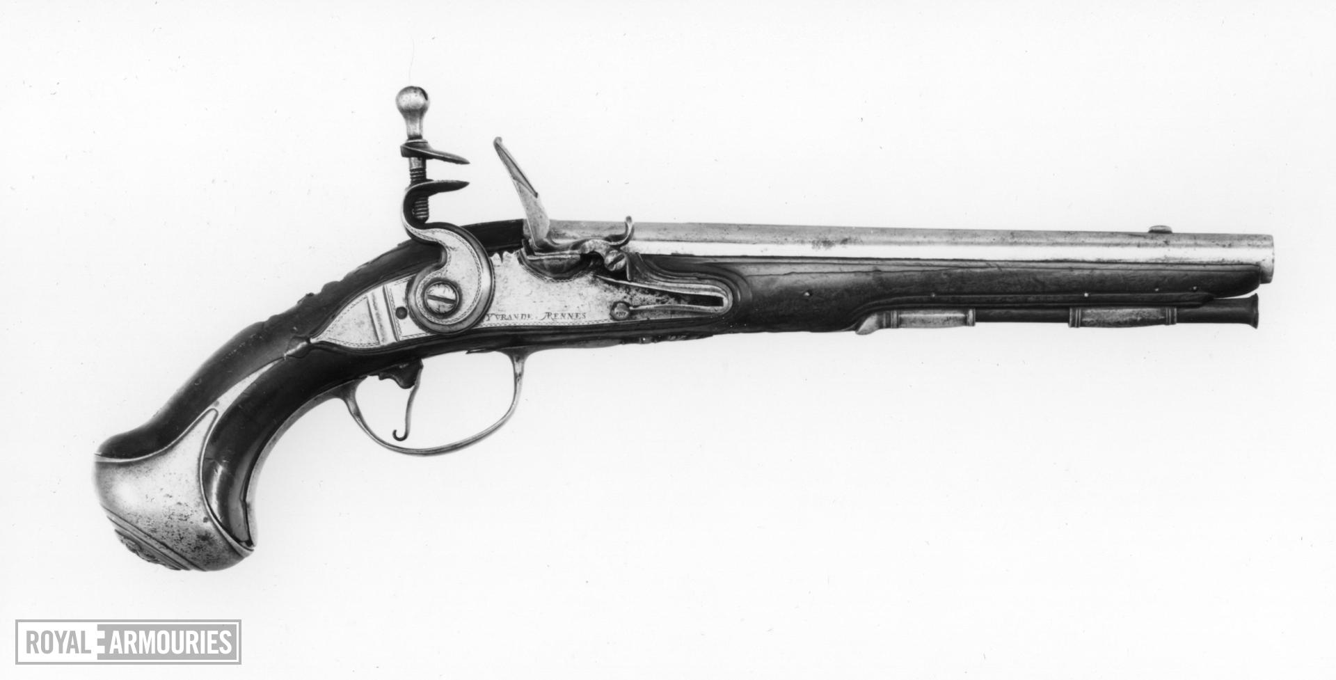 Flintlock pistol By Yvrande