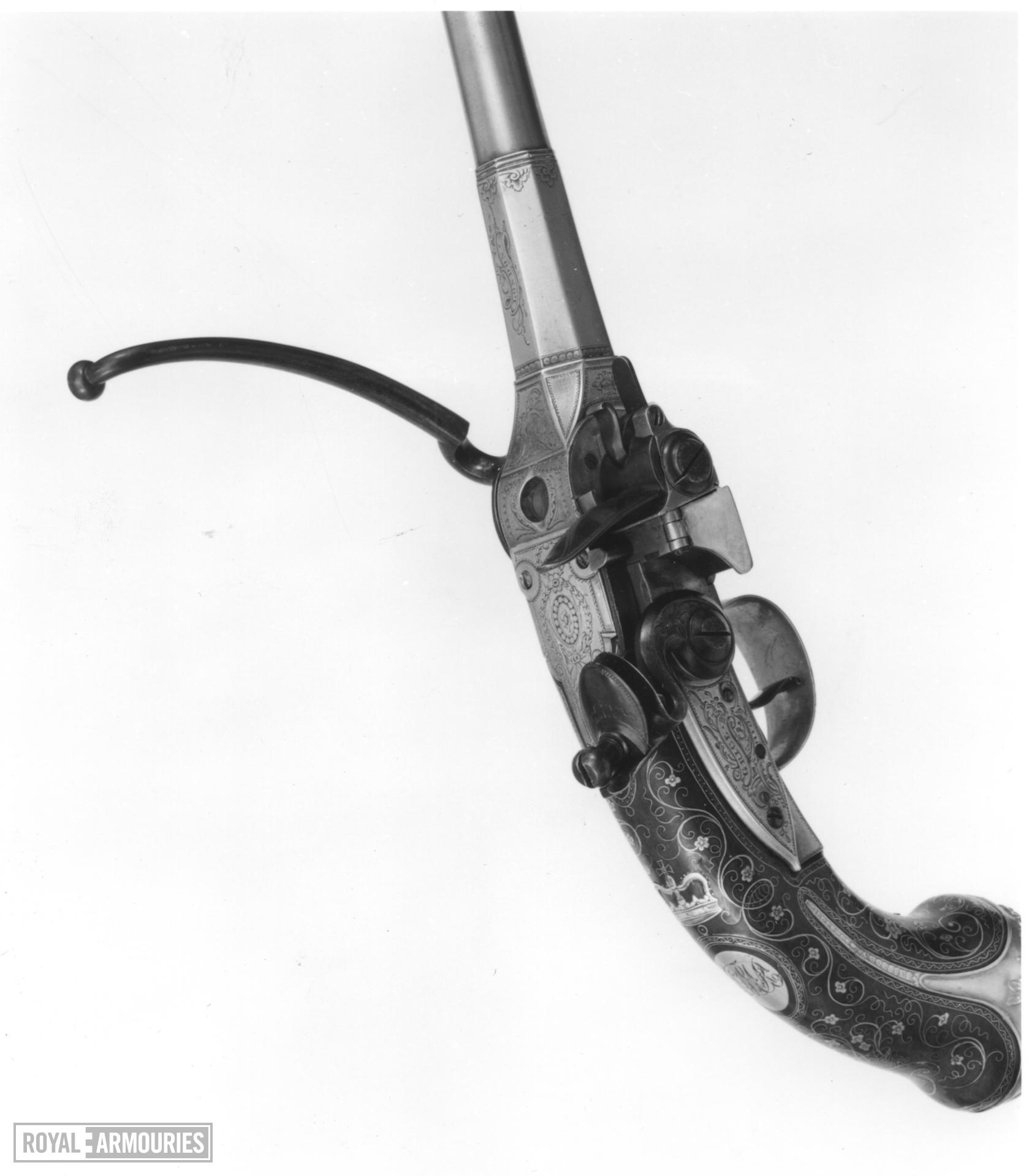 Flintlock breech-loading magazine pistol - Lorenzoni System Flintlock breech-loading magazine Lorenzoni pistol by Grice, Britain, about 1780.