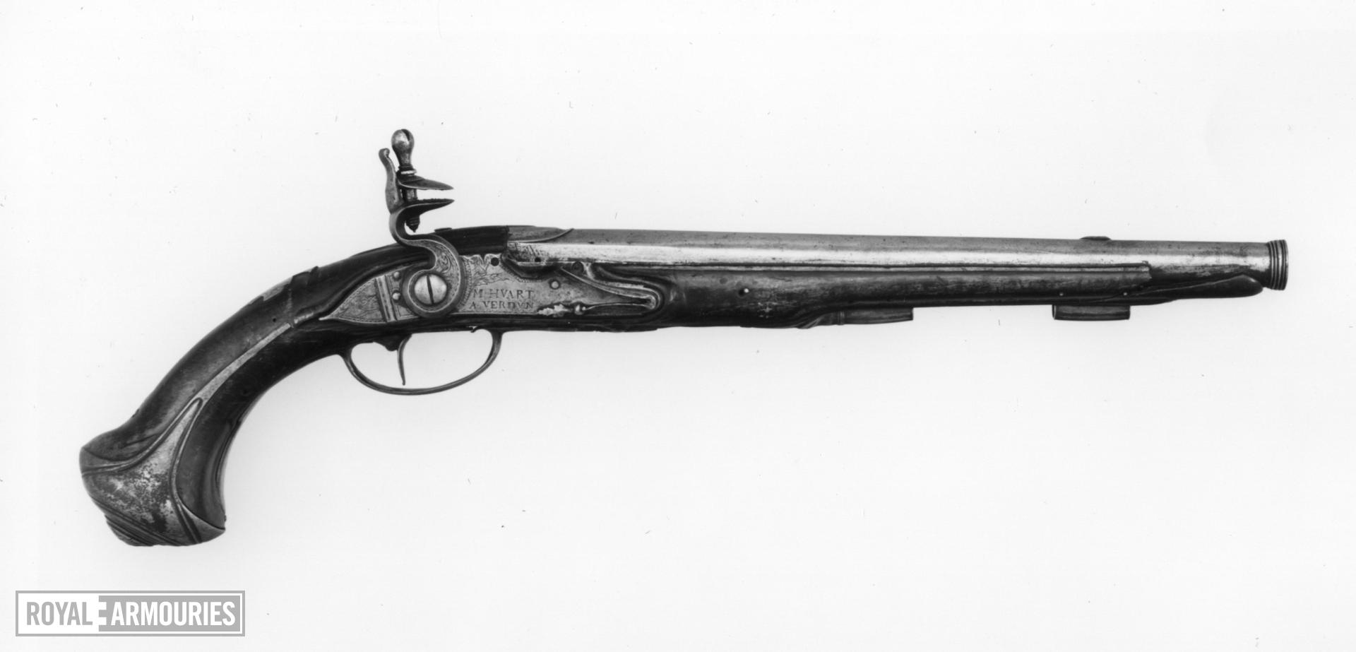 Flintlock holster pistol
