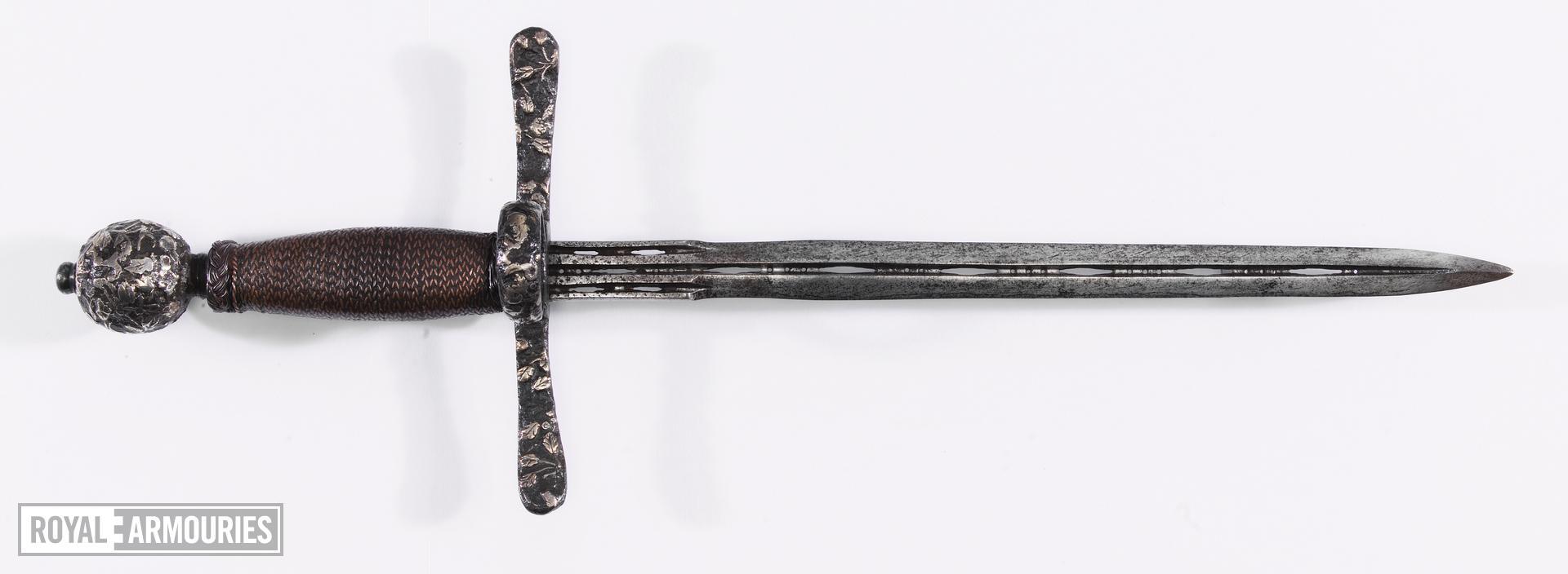Dagger Left hand dagger from Littlecote collection