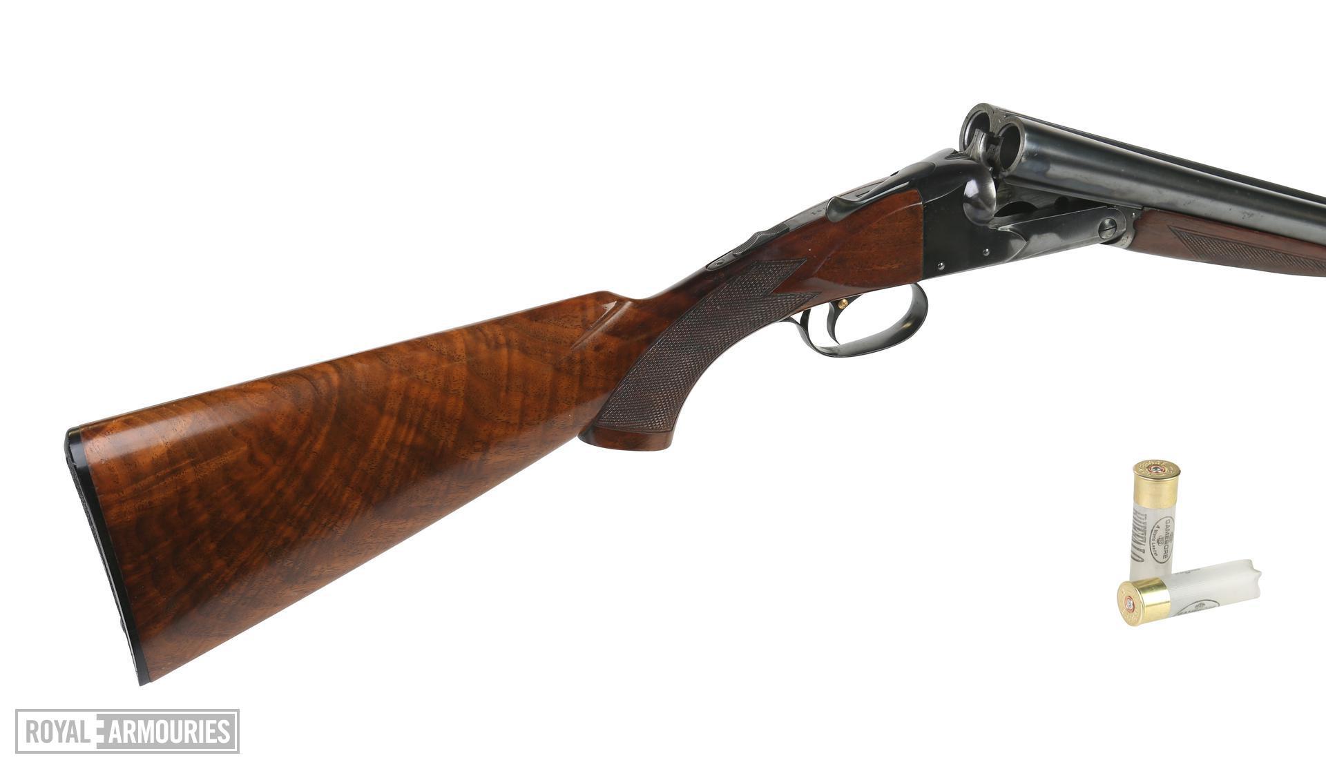 Centrefire double-barelled shotgun. Winchester Model 21 'Standard'. the 'Biggles' gun. XII.11890