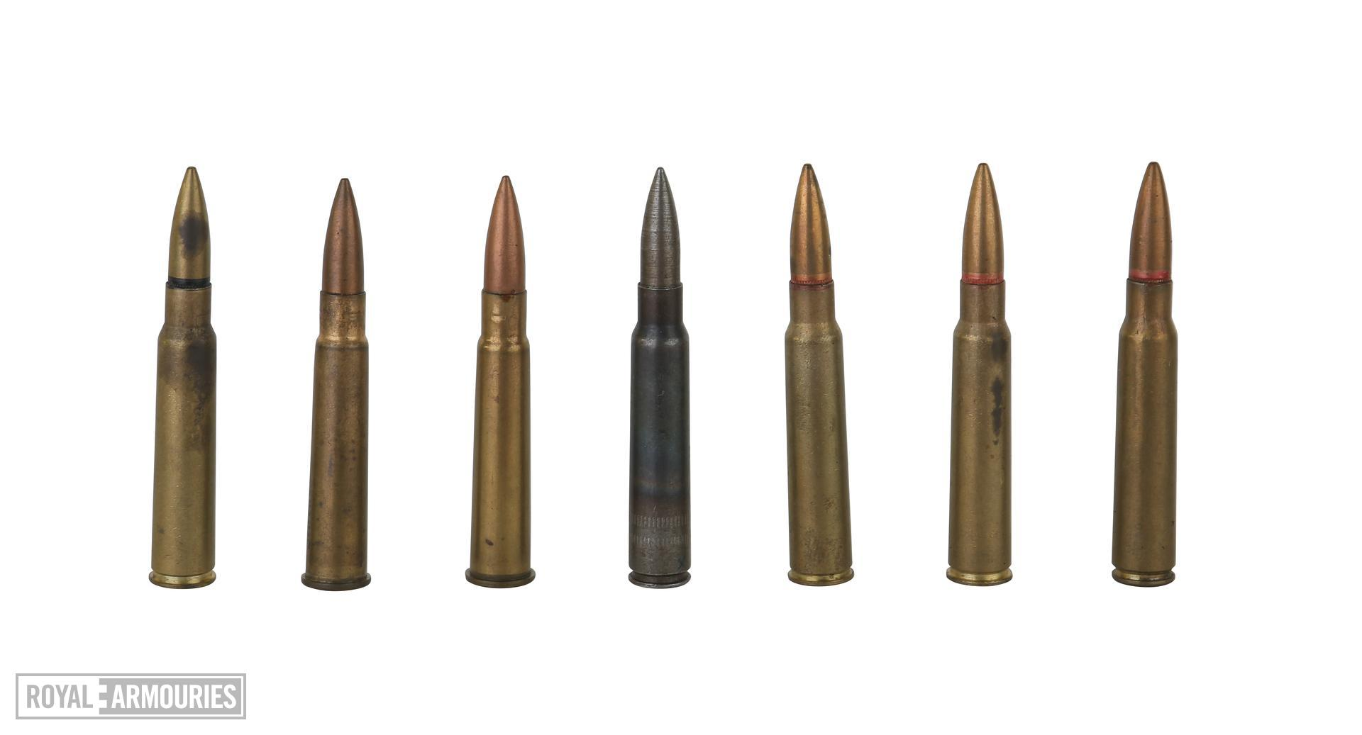 Centrefire rifle cartridge - 7.7 mm