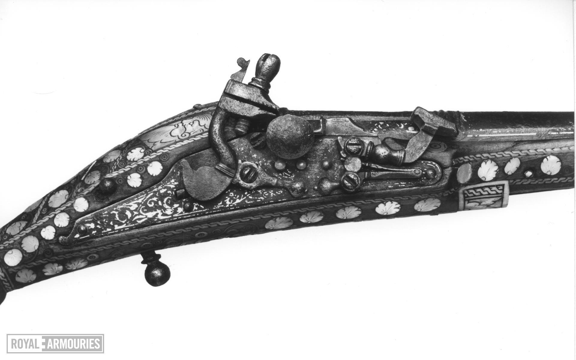 Snaphaunce muzzle-loading pistol - N/A Snaphaunce muzzle-loading pistol, about 1600.