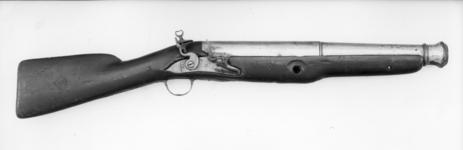 Thumbnail image of Flintlock musketoon With brass barrel