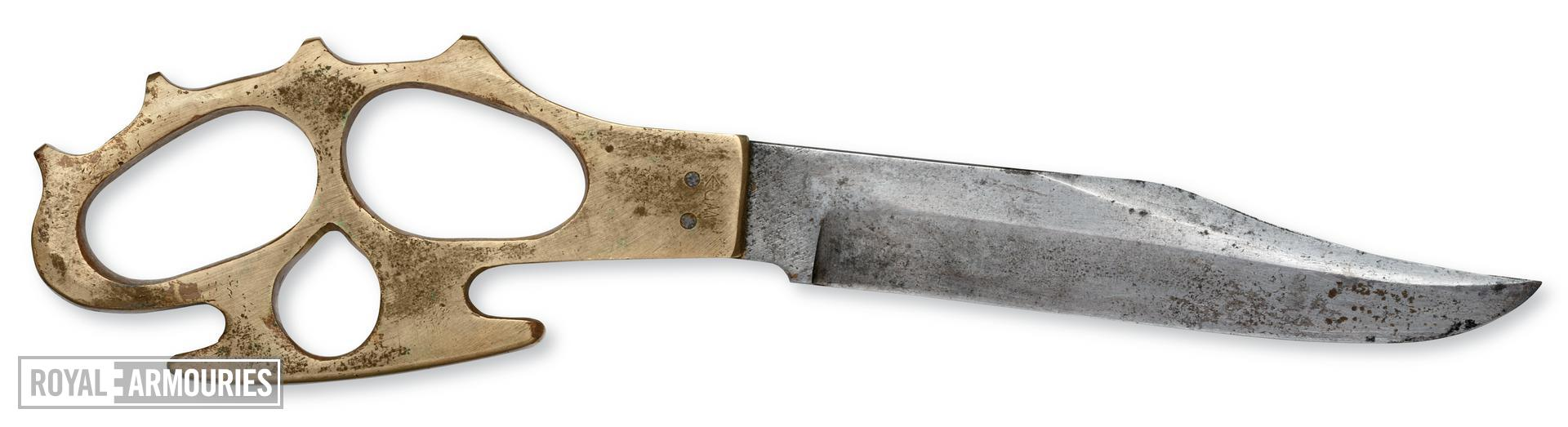 Knuckleduster, knife and sheath