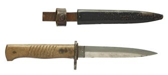 Thumbnail image of German trench dagger and sheath