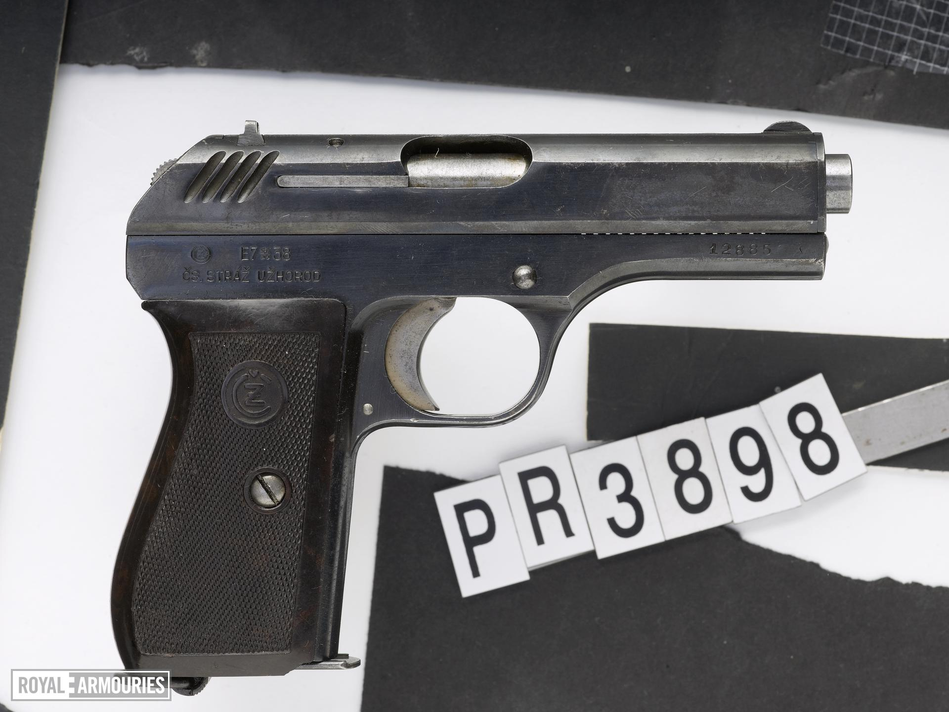 Centrefire self-loading pistol - CZ VZ27