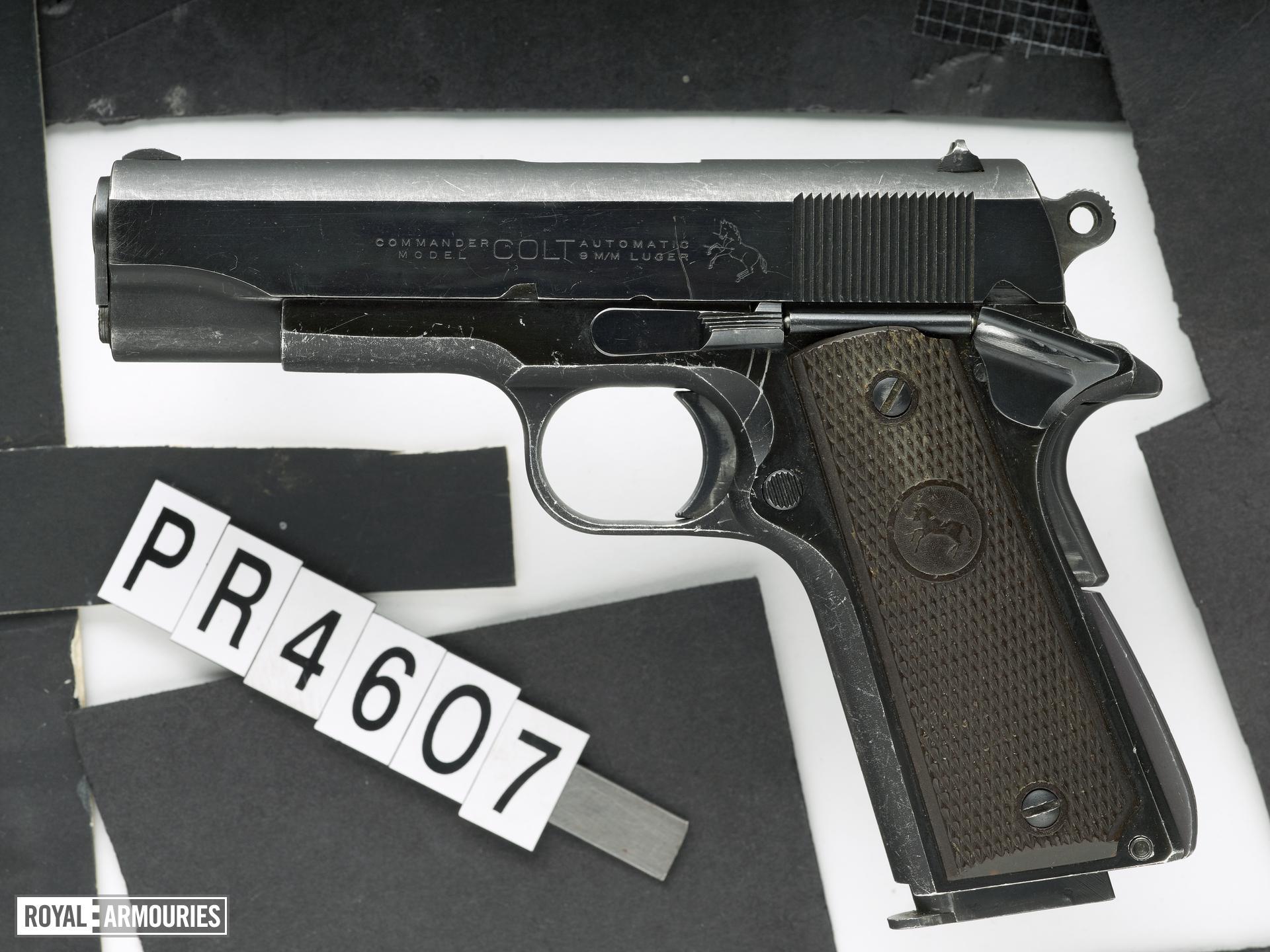 Centrefire self-loading pistol - Colt Commander
