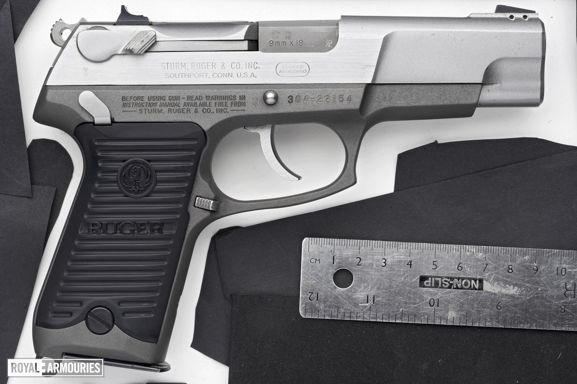 Centrefire self-loading pistol - Ruger P89