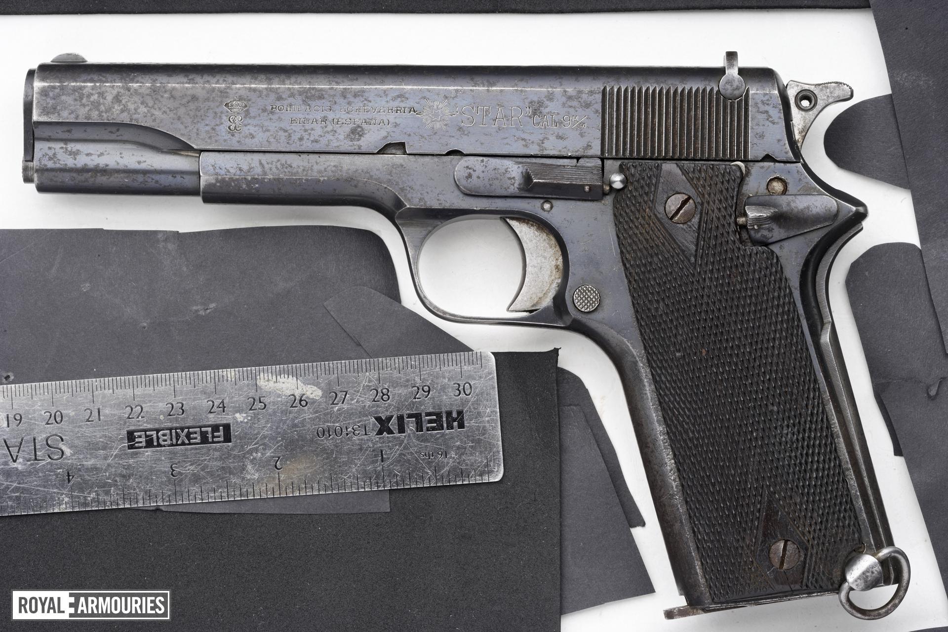 Centrefire self-loading pistol - Star Model 1921