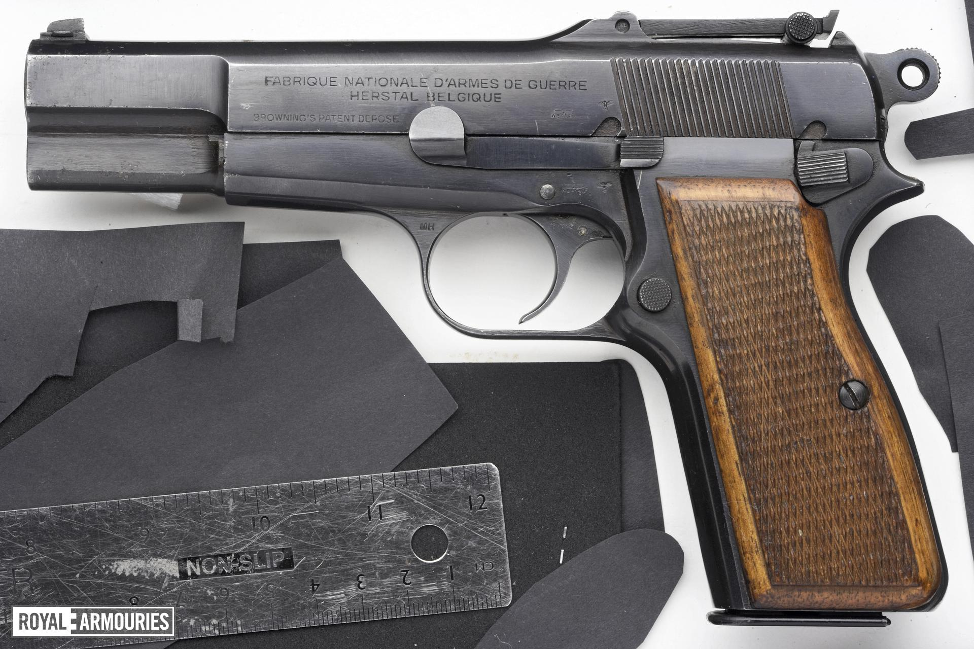 Centrefire self-loading pistol - Browning Model 35 HP