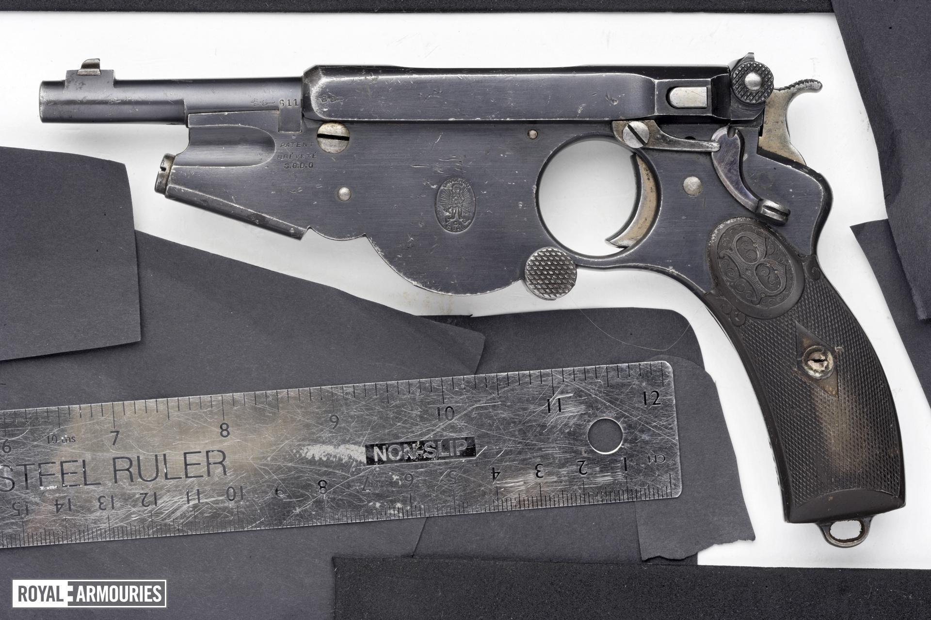 Centrefire self-loading pistol - Bergmann Model 1896 No.2
