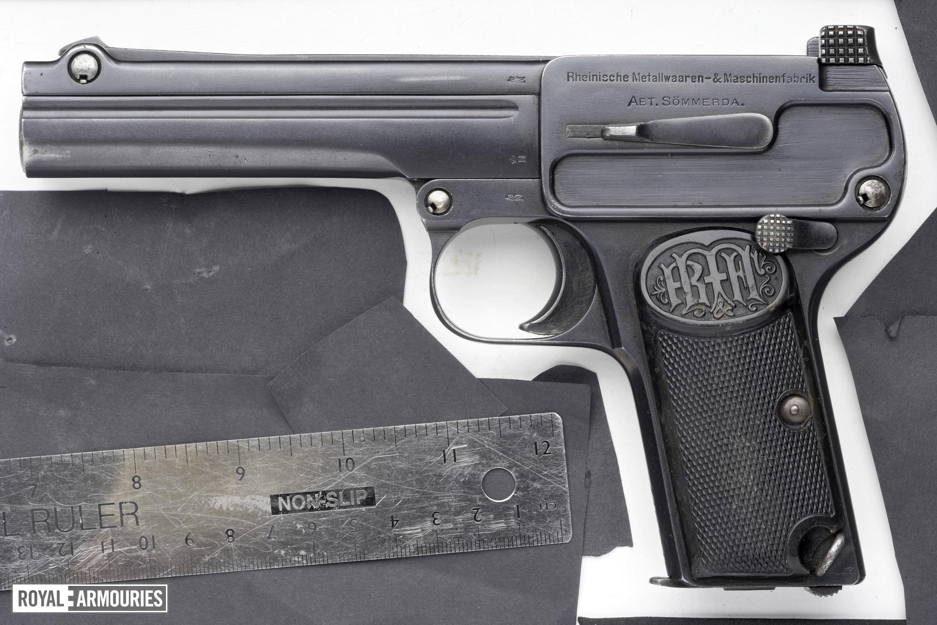 Centrefire self-loading pistol - Dreyse