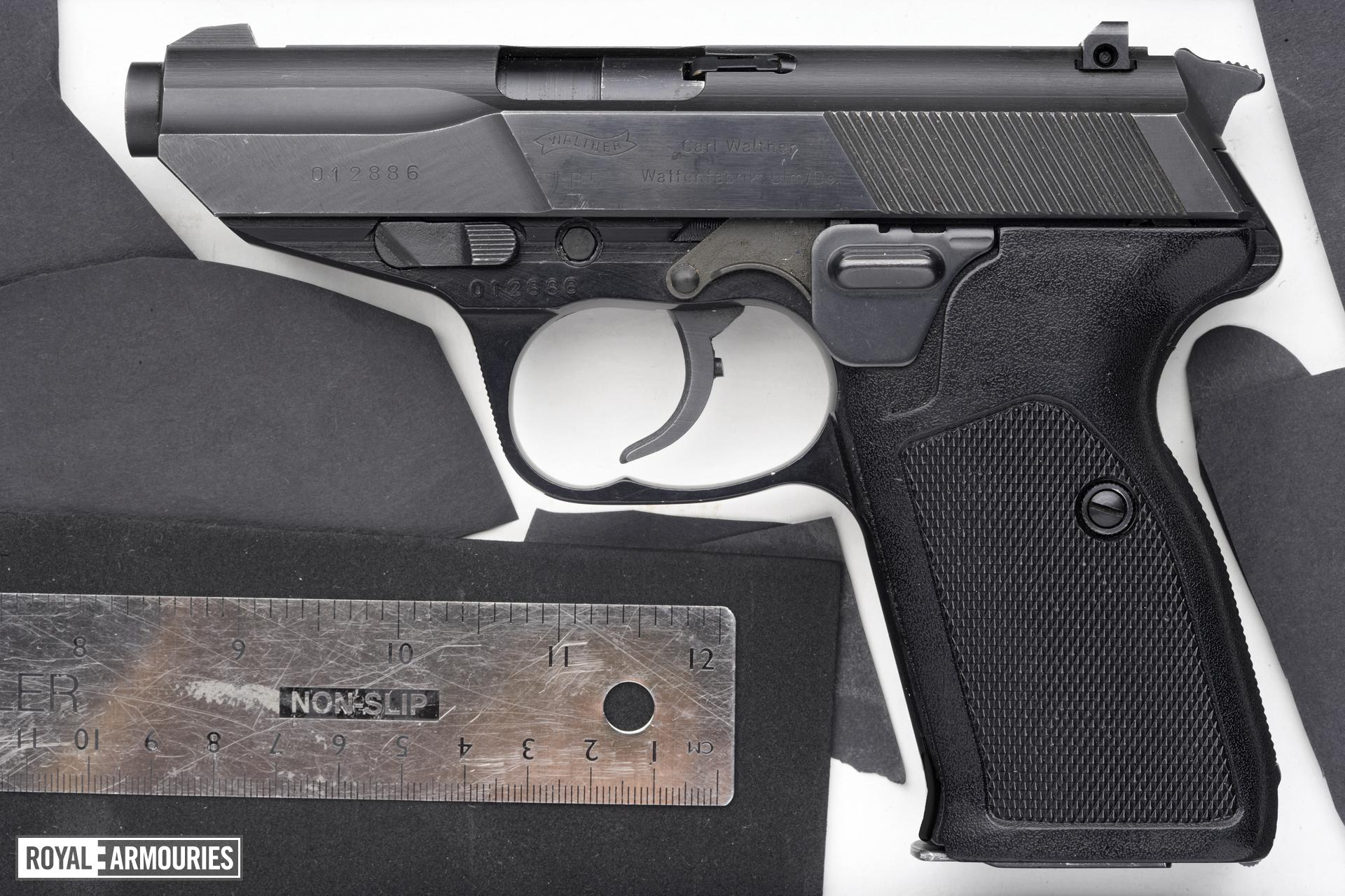 Centrefire self-loading pistol - Walther Model P5