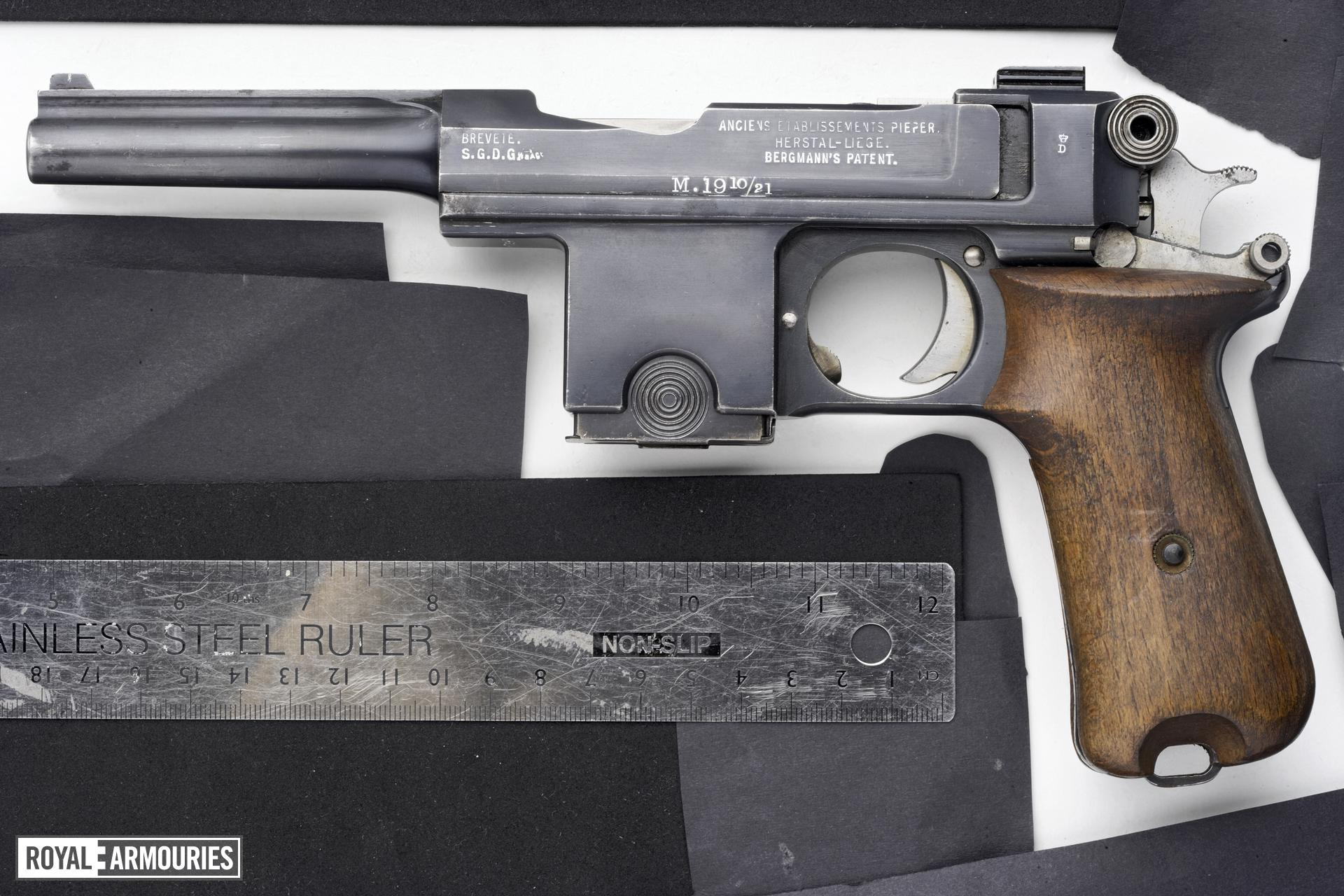 Centrefire self-loading pistol - Bergmann Bayard Model 1910/21