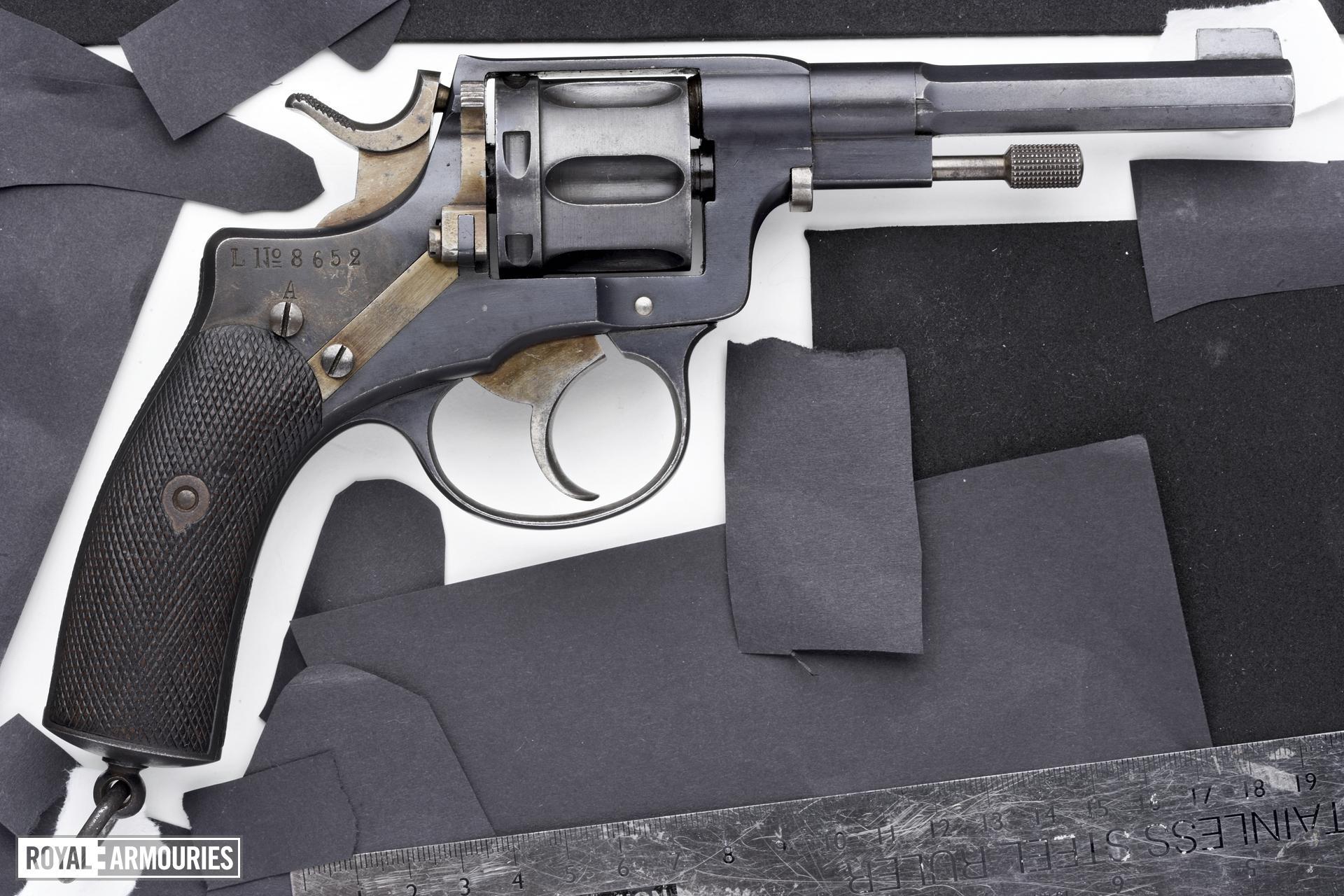 Centrefire six-shot revolver - Nagant Model 1887