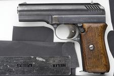 Thumbnail image of Centrefire self-loading pistol - ZB VZ22