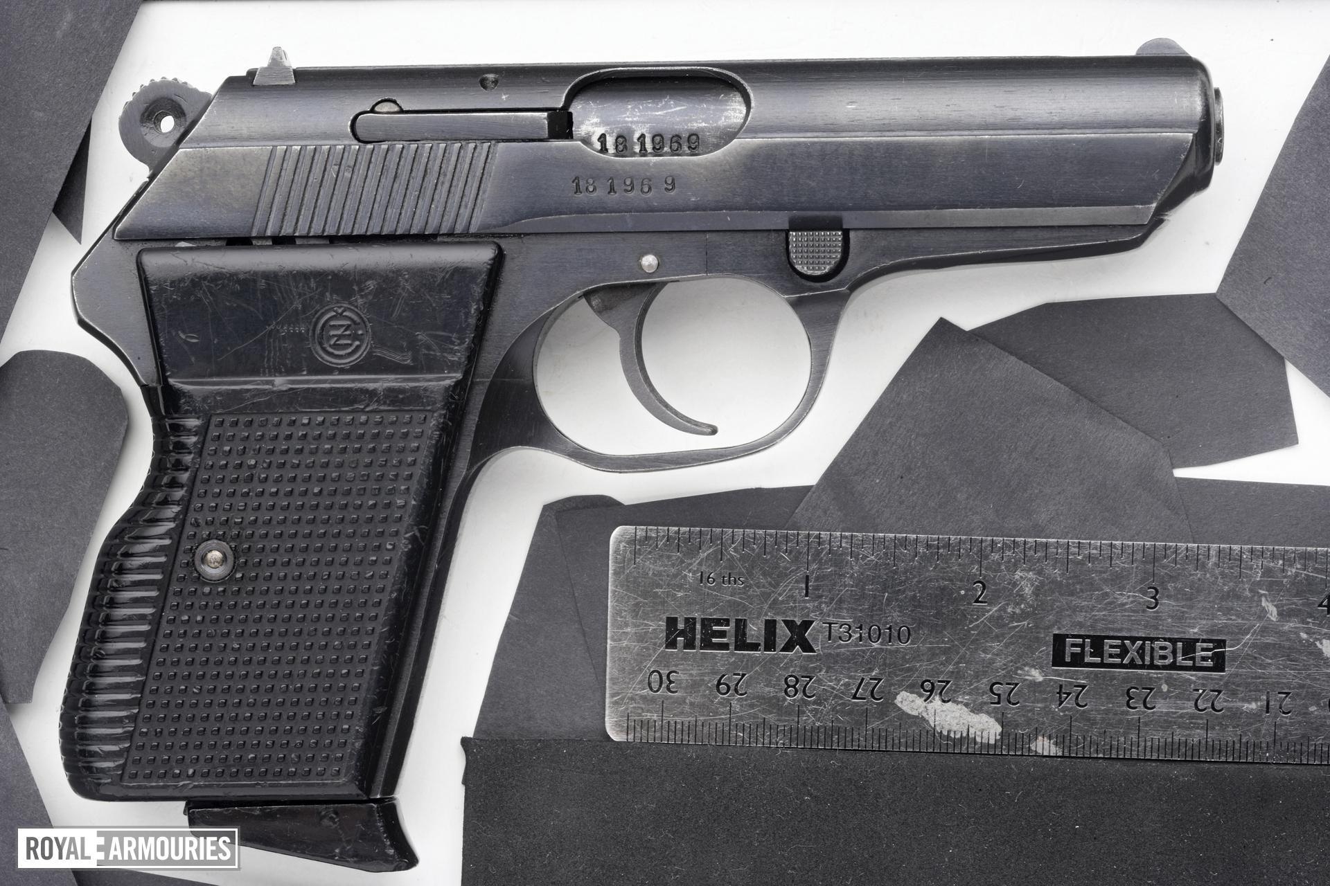 Centrefire self-loading pistol - CZ VZ70