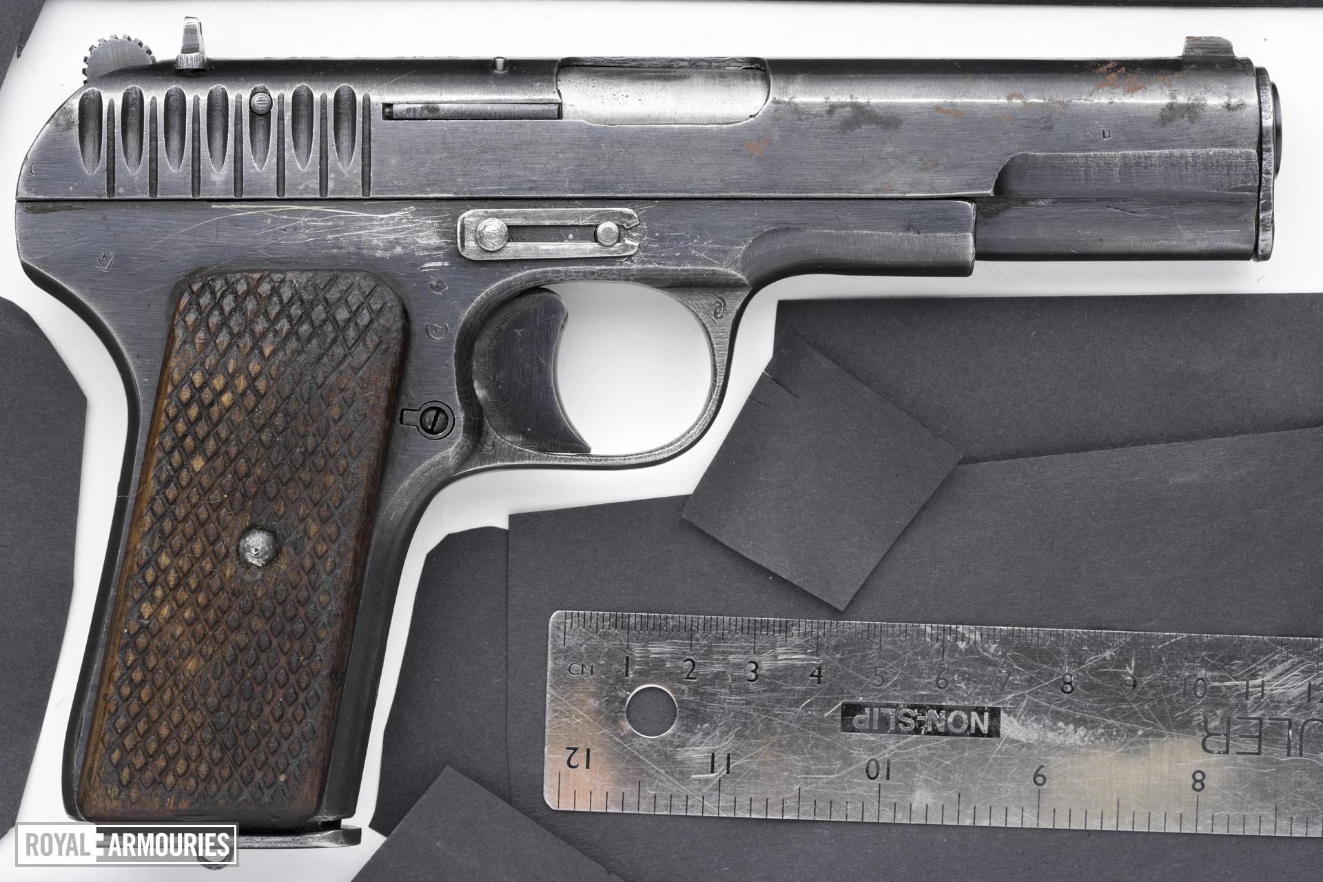 Centrefire self-loading pistol - Tokarev TT33