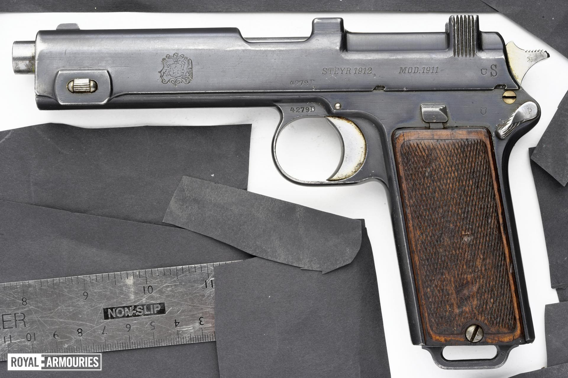 Centrefire self-loading pistol - Steyr Hahn Model 1911