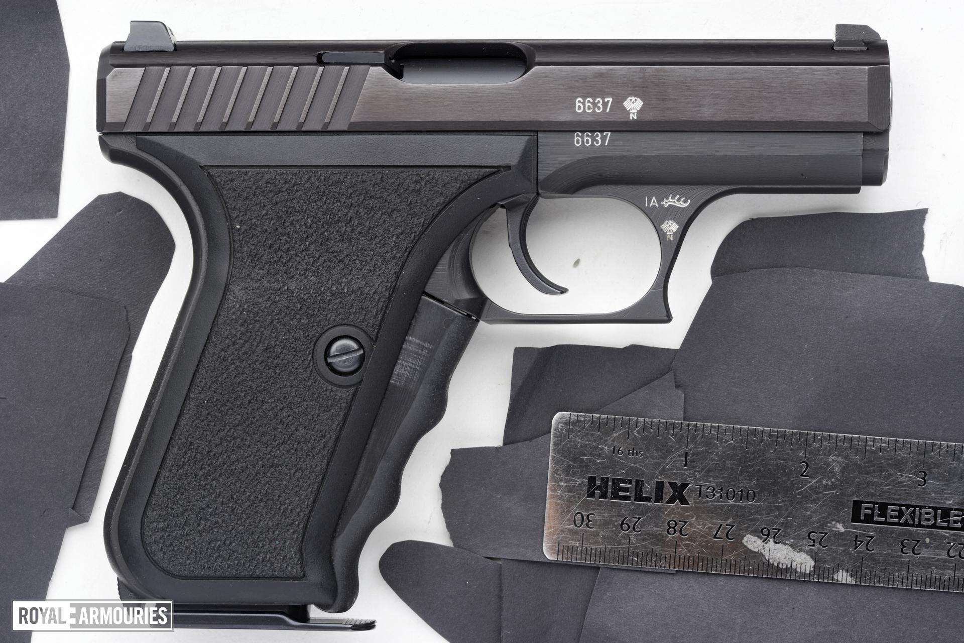 Centrefire self-loading pistol - Heckler and Koch P7
