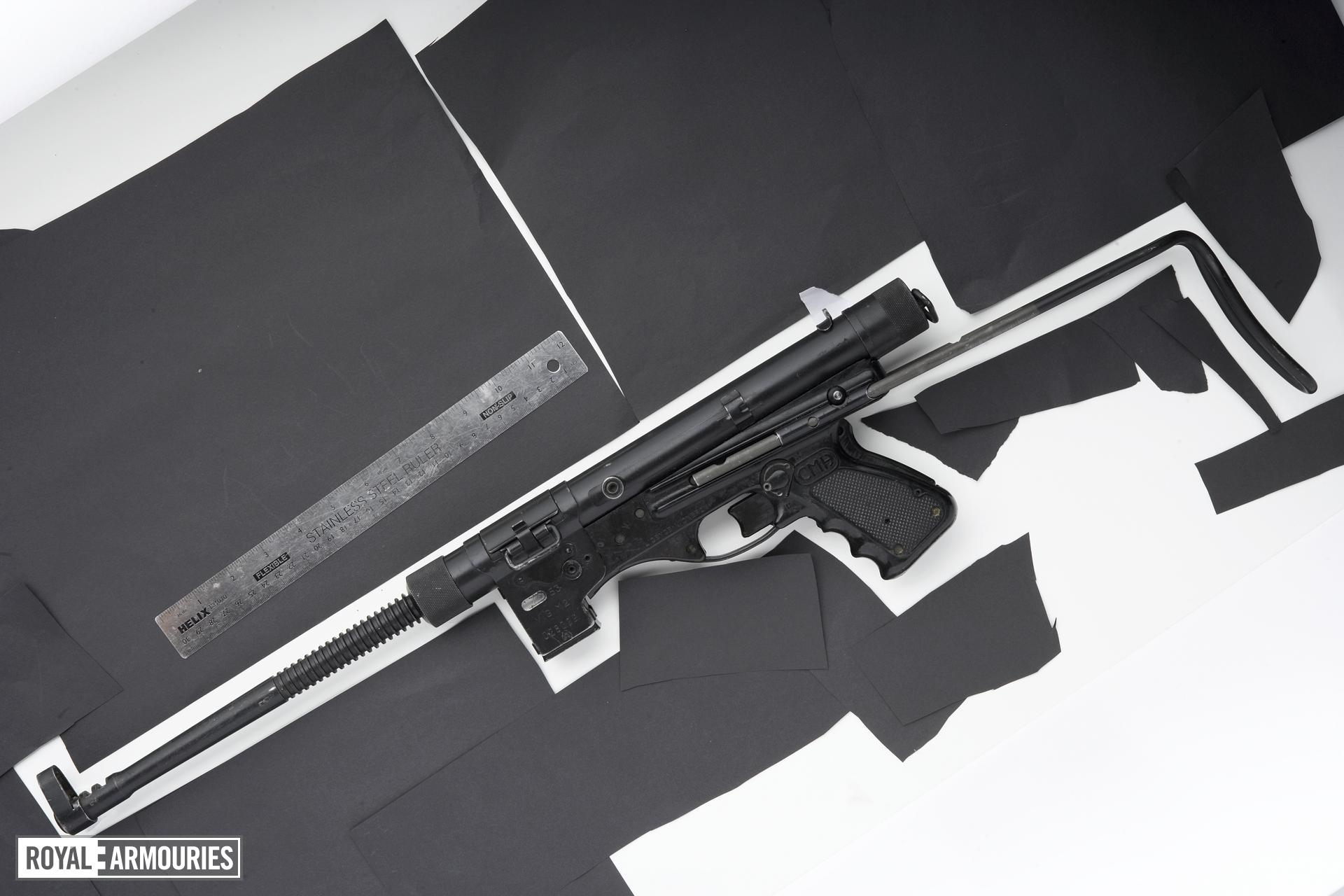 Centrefire automatic submachine gun - Vigneron M2