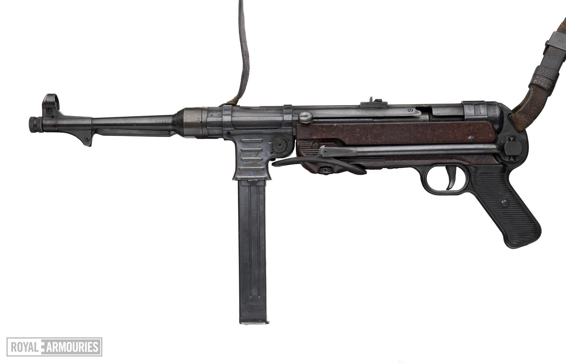 Centrefire automatic submachine gun - MP40 By Erma