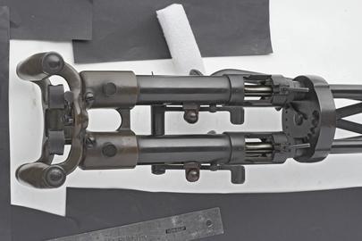 Centrefire automatic submachine gun