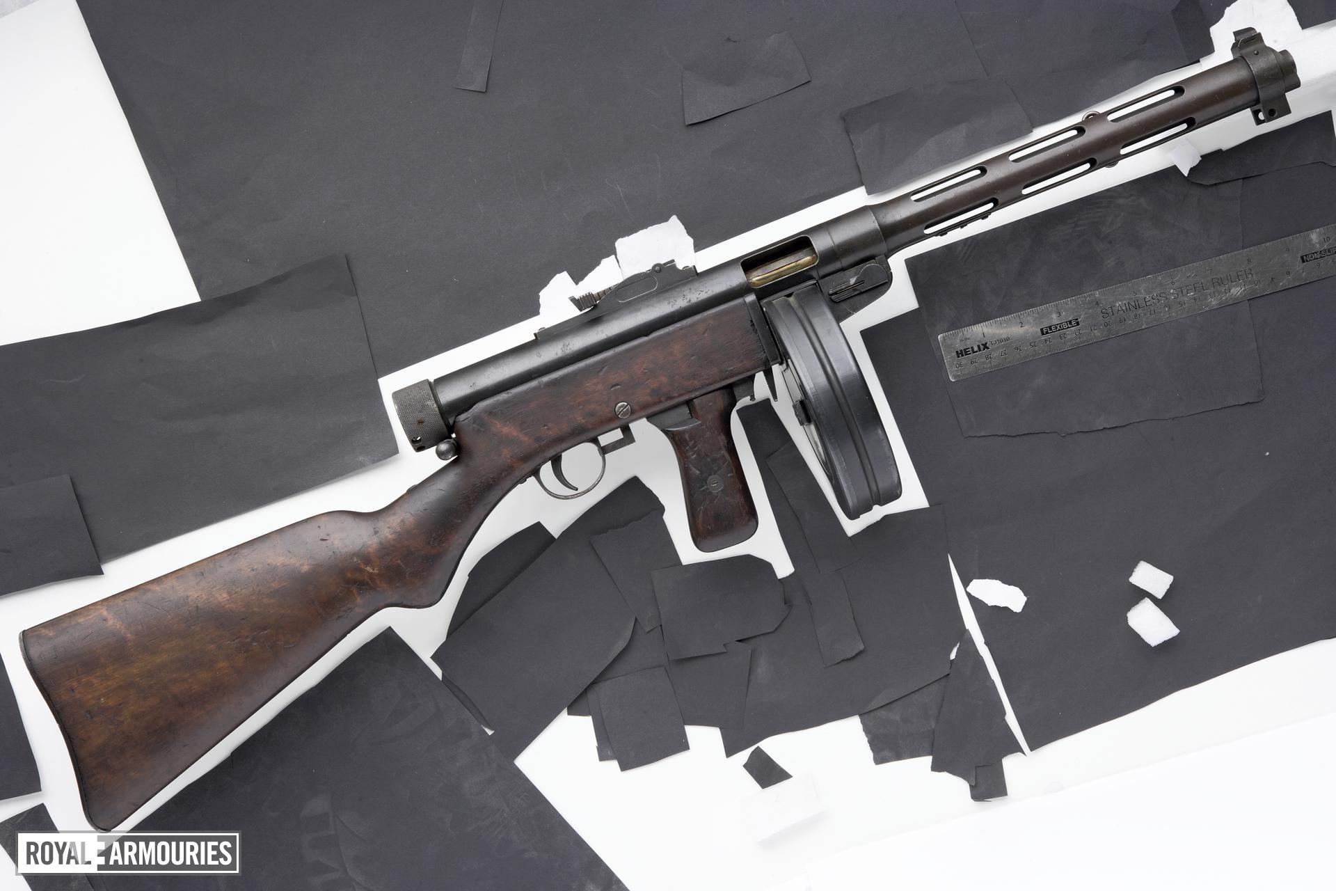 Centrefire automatic submachine gun - Suomi KP M31 Early example.