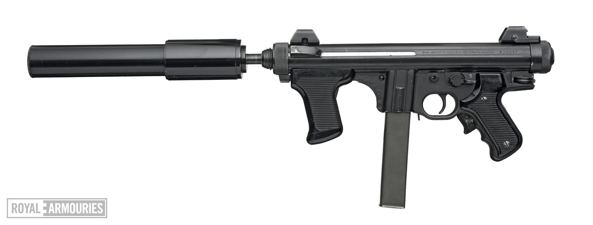 Centrefire automatic submachine gun - Beretta Model 12S
