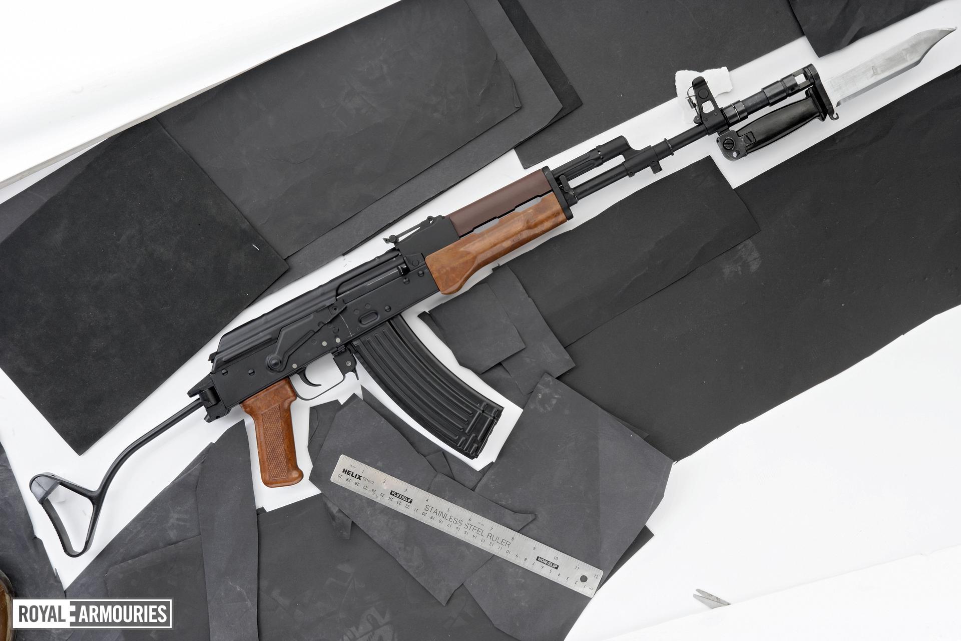 Centrefire automatic carbine - Kalashnikov KA wz.88 (AKS-74)