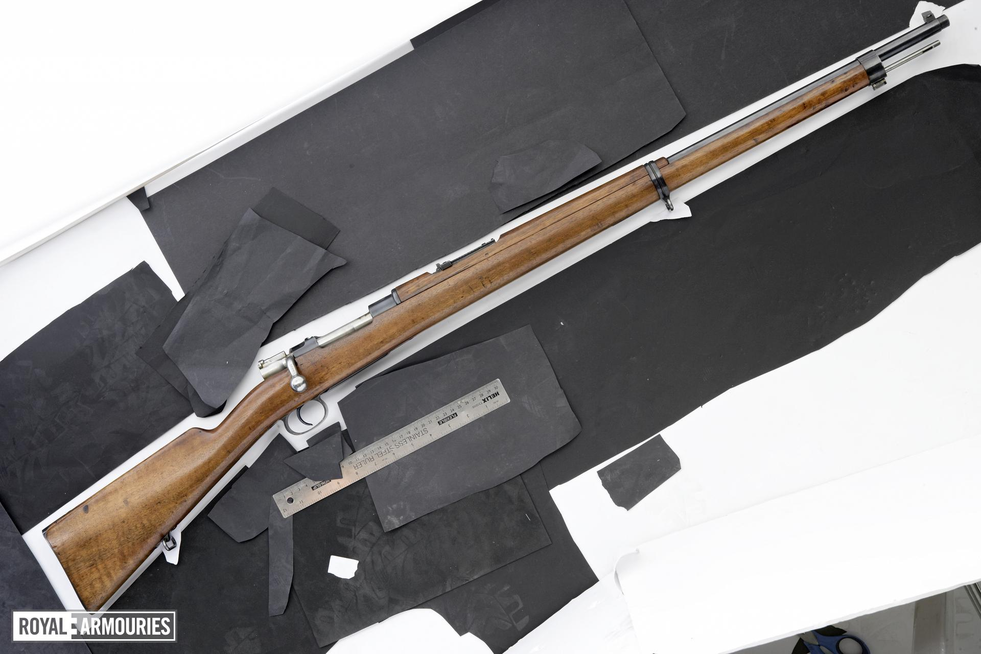 Centrefire bolt-action rifle - Mauser Model 1896