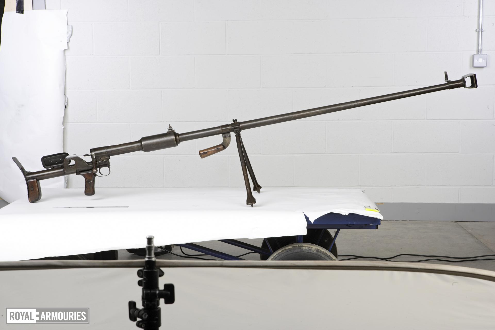 Centrefire bolt-action anti-tank rifle - PTRD-41