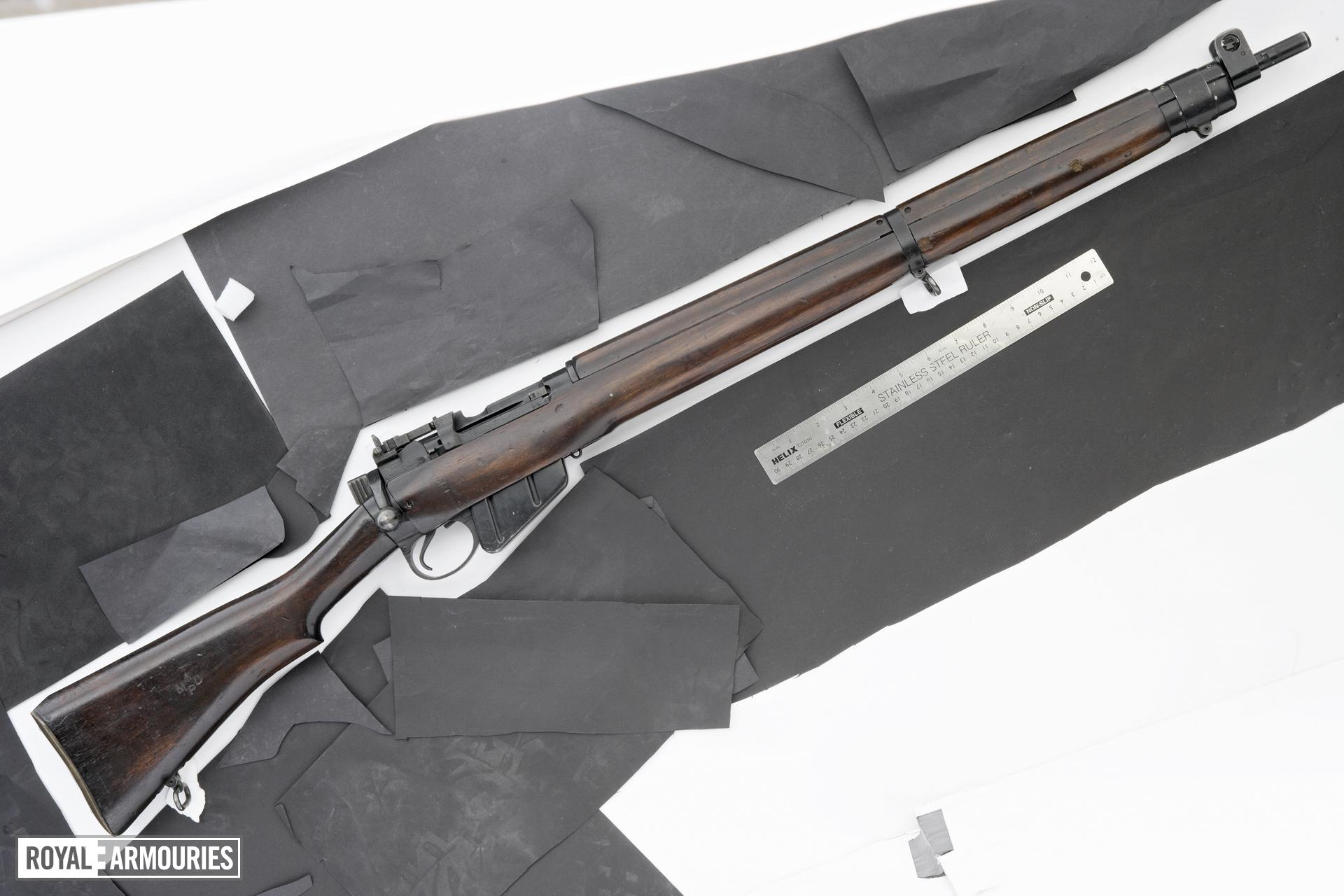 Centrefire bolt-action rifle - No.4 Mk.II